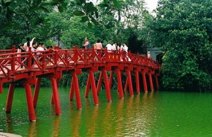 Pont de The Huc