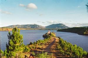 Le lac Biên Hô.
