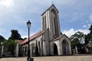 L'église en pierre de Sapa.