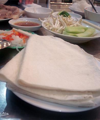 Le banh trang phoi suong de Trang Bàng
