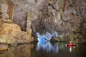 La-caverne-Son-Doong