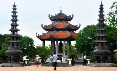 la-pagode-de-nom