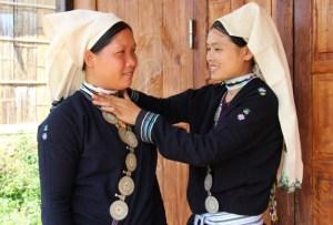 costumes-des-femmes-dao-tien