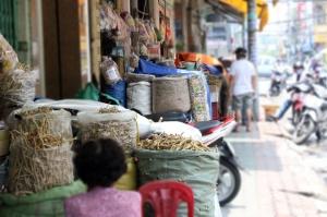 la-rue-hai-thuong-lan-ong