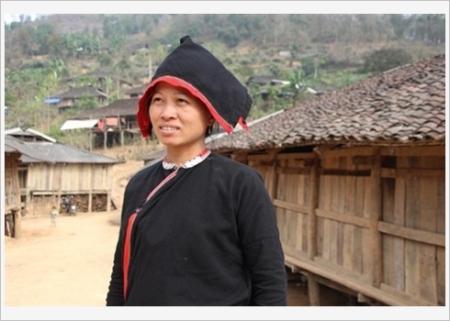 l'ethnie-san-chi5
