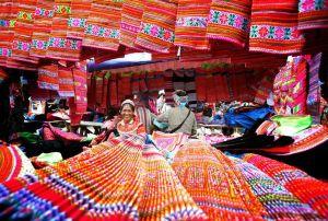 la-brocatelle-des-hmong