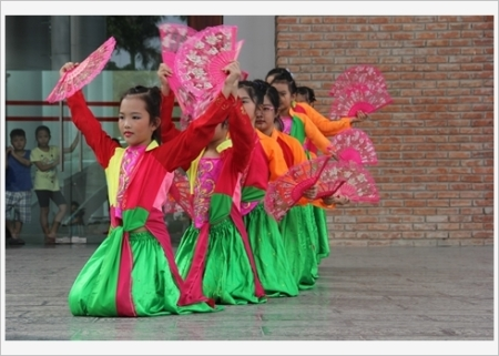 danse-traditionnelle-vietnamienne