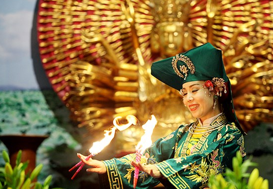 Le culte des Déesses-Mères est équitable pour tout le monde, indépendamment de l'origine ethnique.