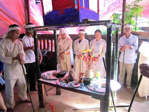rites funeraires les tay vietnam