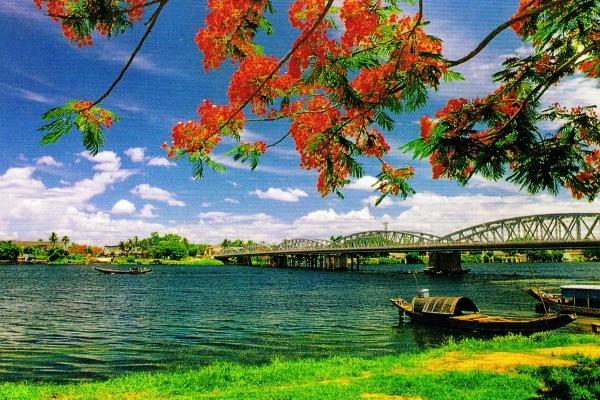 la riviere huong.jpg