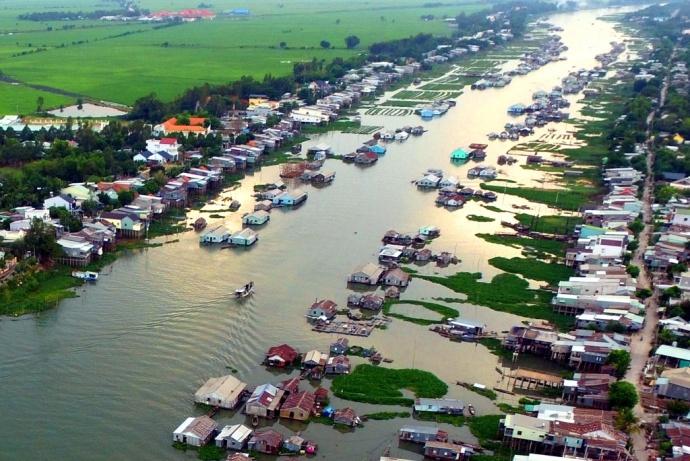 village piscicole en radeaux