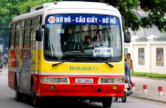 bus 09 hanoi.jpg
