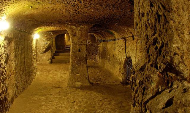 tunnel cu chi